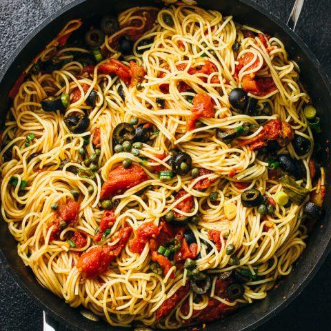 spaghetti-puttanesca-capers-olives-1