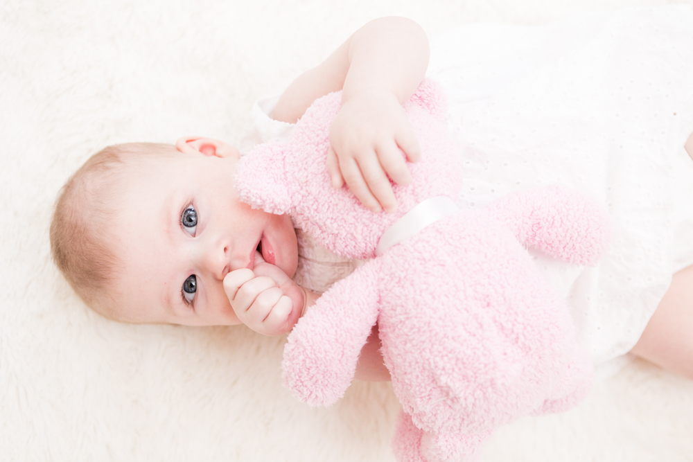 Are Your Tired Of Co-Sleeping? 5 Ways To Get Your Baby To Sleep Alone
