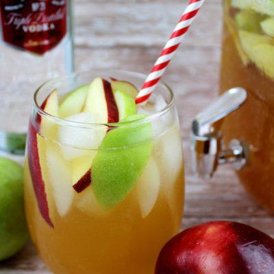 Easy & Crisp Apple Cider Sangria
