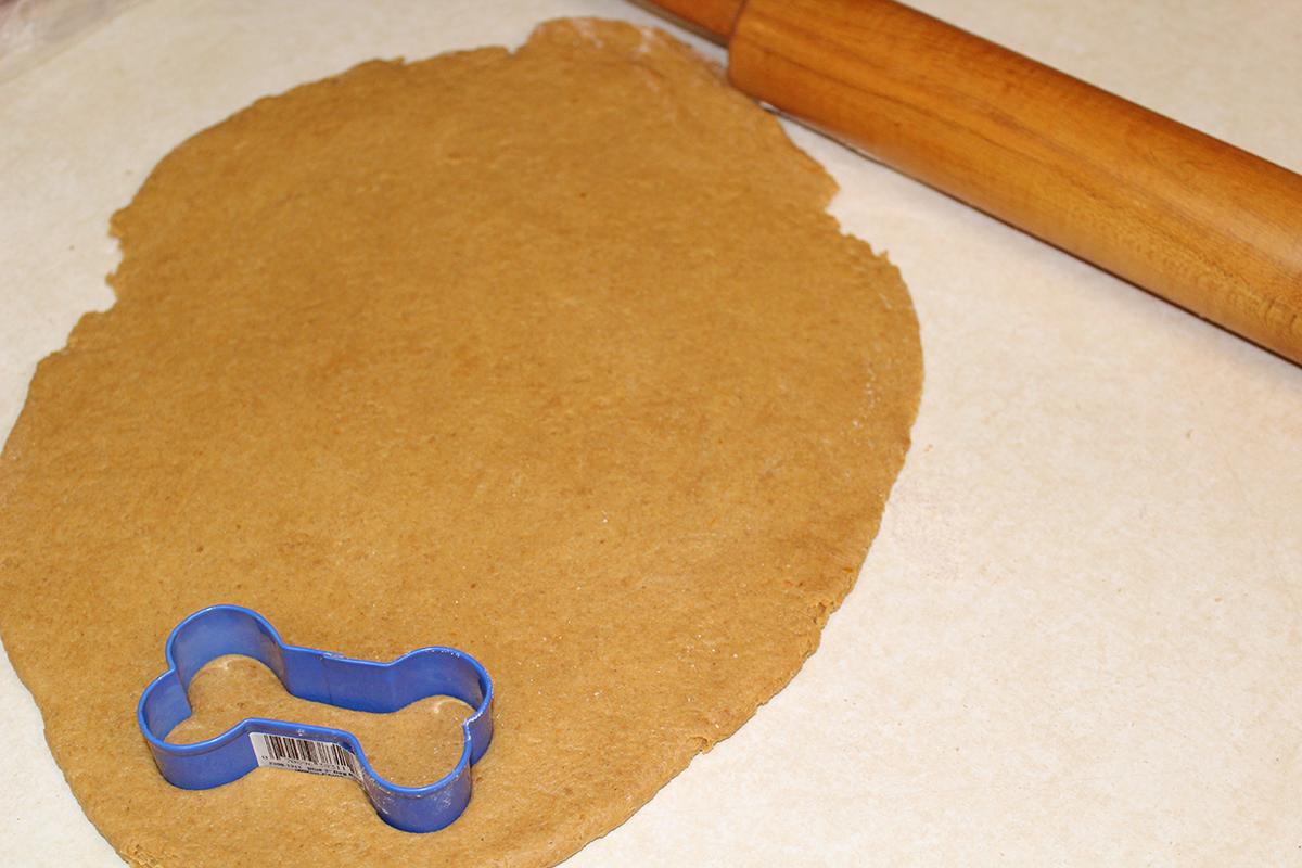 Peanut Butter Pumpkin Homemade Dog Biscuits