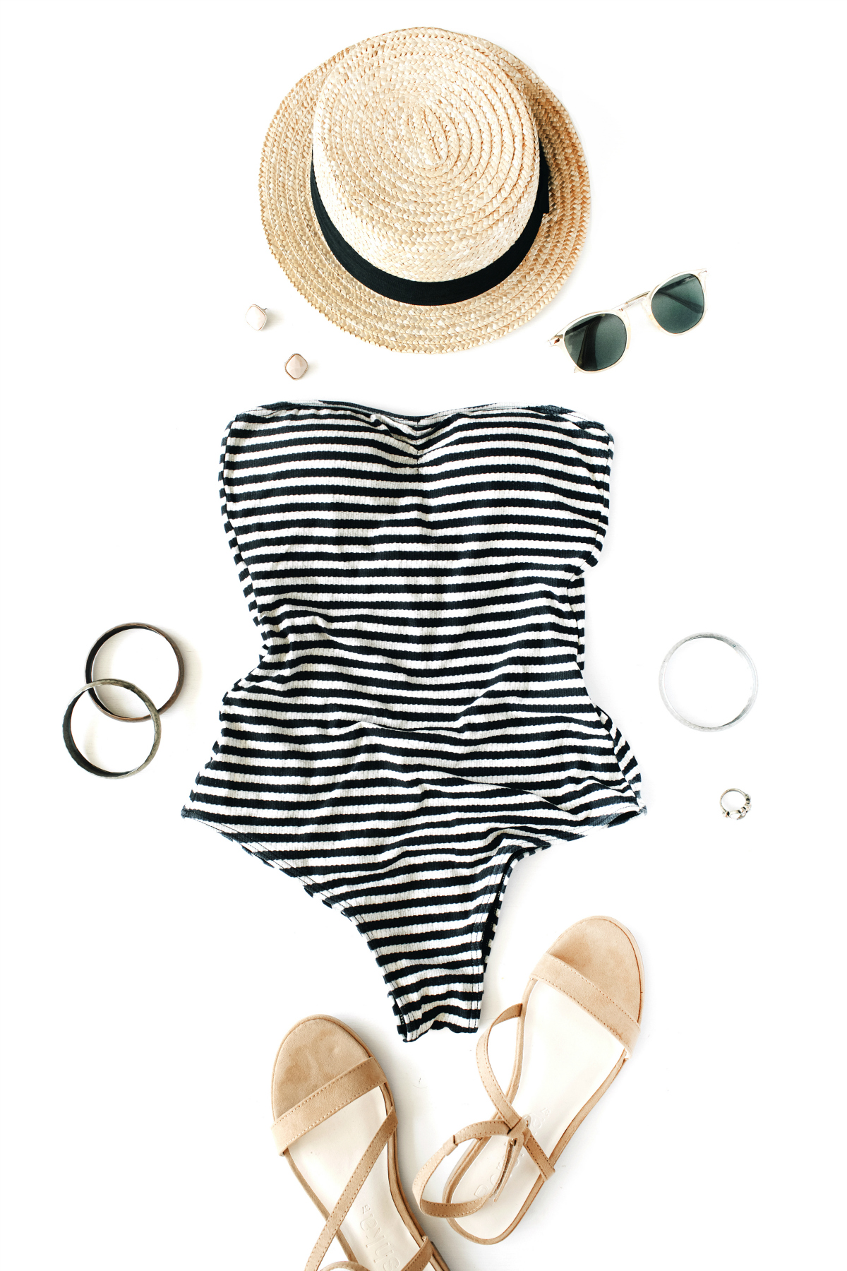 Must-Have Beach Vacation Essentials