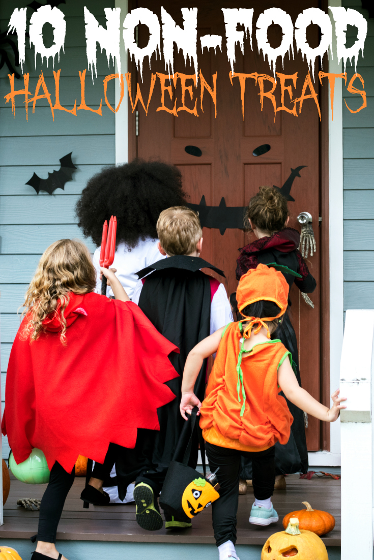 Looking to hand out something different this Halloween? Check out these 10 Non-Food Halloween Treats To Hand Out To Trick-or-Treaters. #Halloween #DIY
