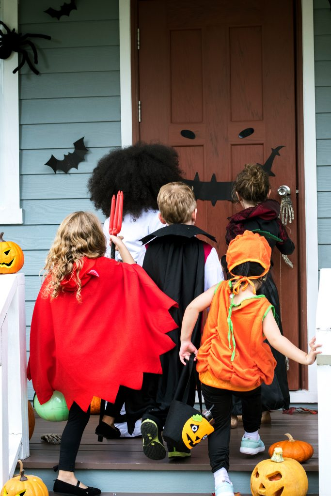 10 Non-Food Halloween Treats To Hand Out To Trick-or-Treaters