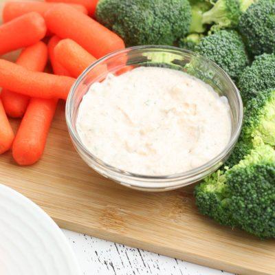 Tangy Keto Cream Cheese Veggie Dip