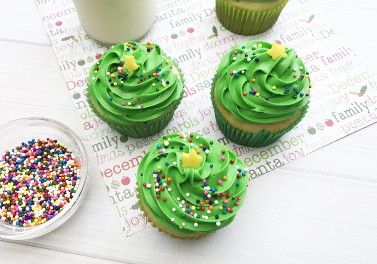 Festive Christmas Tree Cupcakes