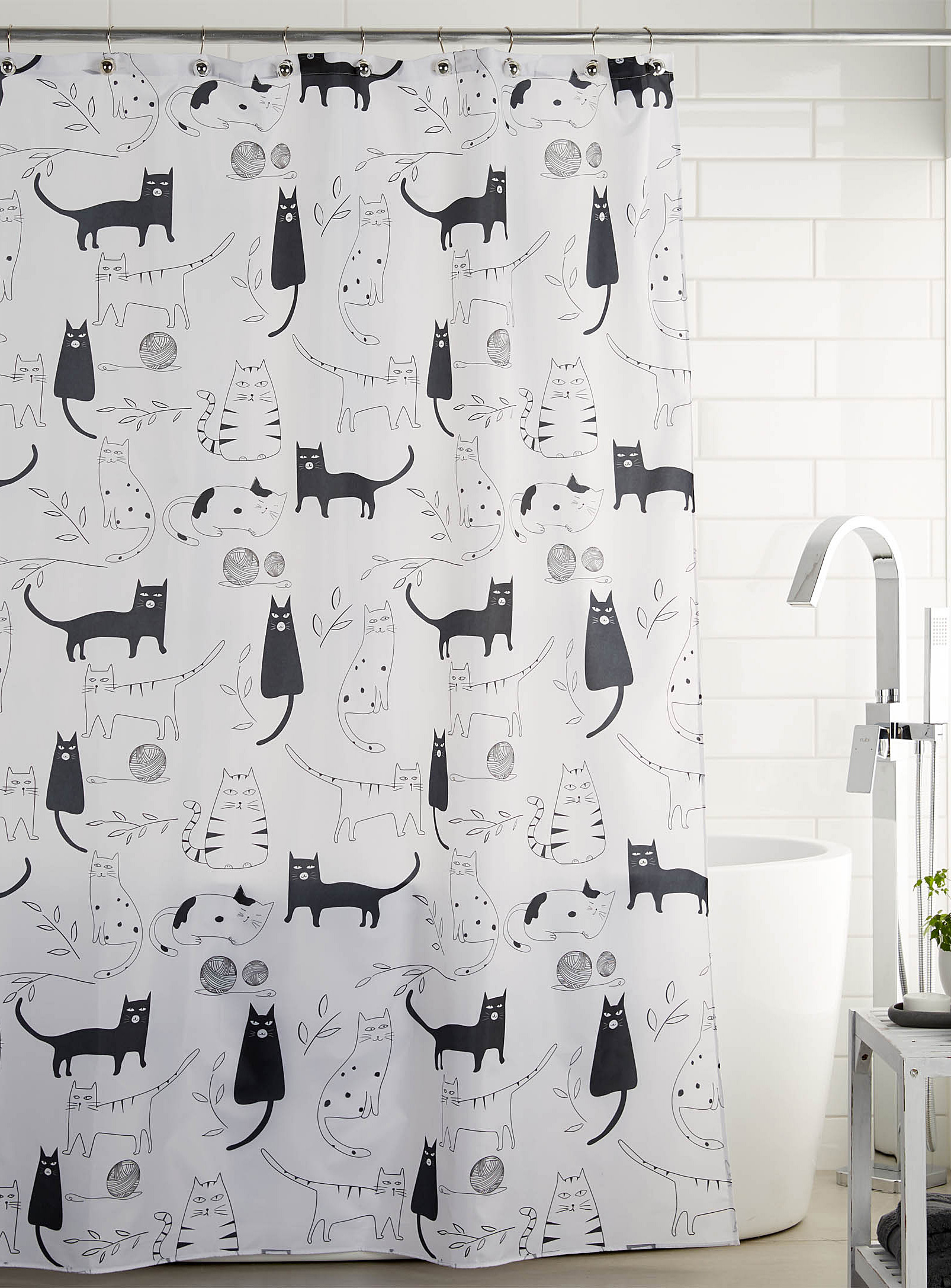 Simons - La Maison Simons Cats Shower Curtain