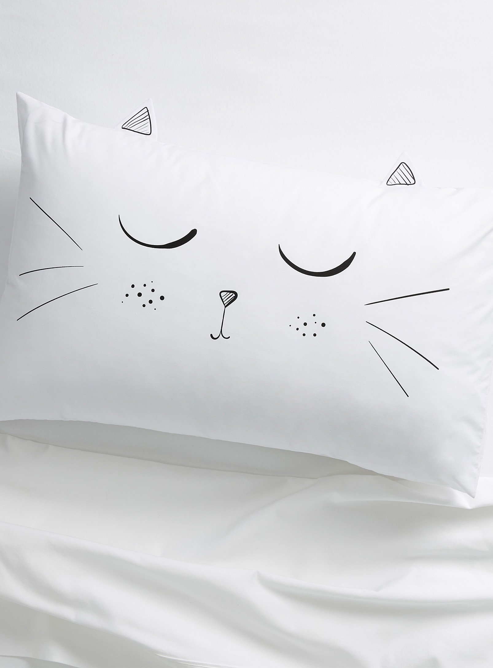 Simons - La Maison Simons Kitty Cat Pillowcase